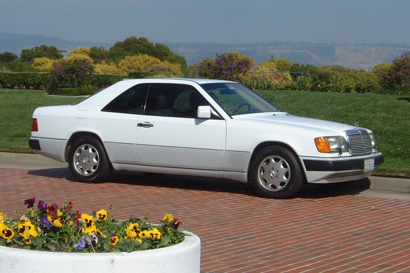 300CE at Bay Farm Island mercedes benz info page service and other information on 1993 300CE Engine at n-0.co