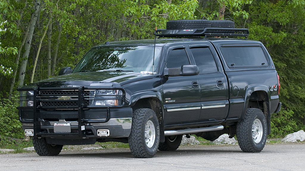2005 Chevrolet Silverado 2500HD - the perfect tow vehicle